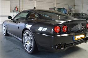Ferrari ruiten tinten